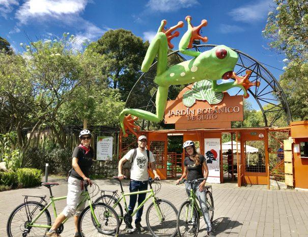 Ride to Jardin Botanico Botanical Gardens