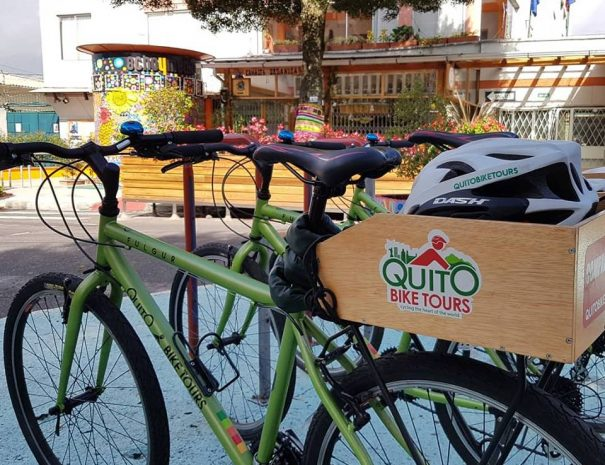Quito Bike Tours - Cycling
